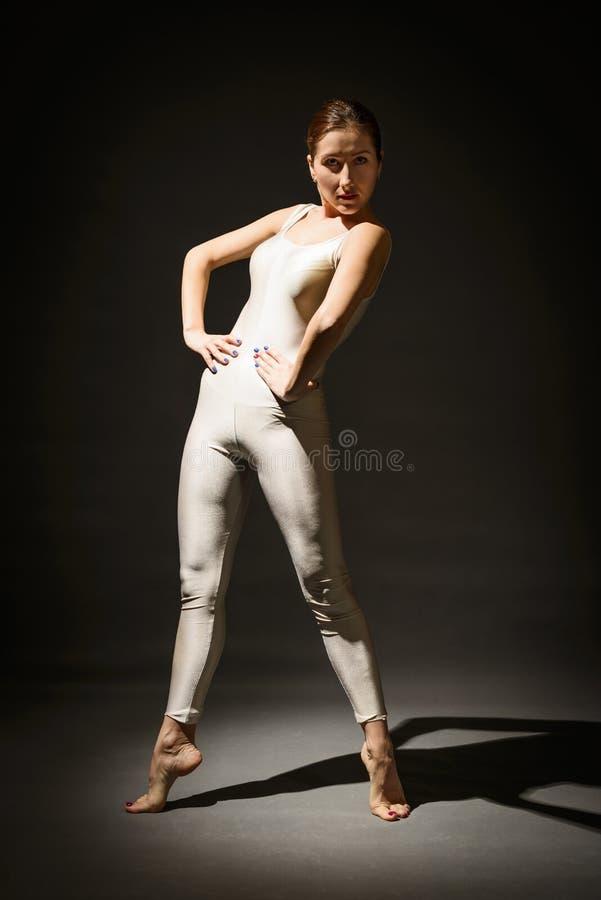 Piękna ekspresyjna balerina obraz royalty free