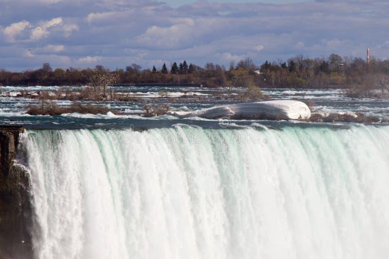 Piękna fotografia potężni Niagara spadki i lód zdjęcie royalty free