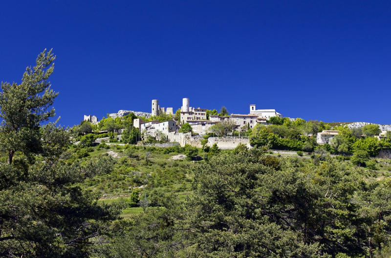 Piękna Francuska górska wioska Bargeme. zdjęcie royalty free
