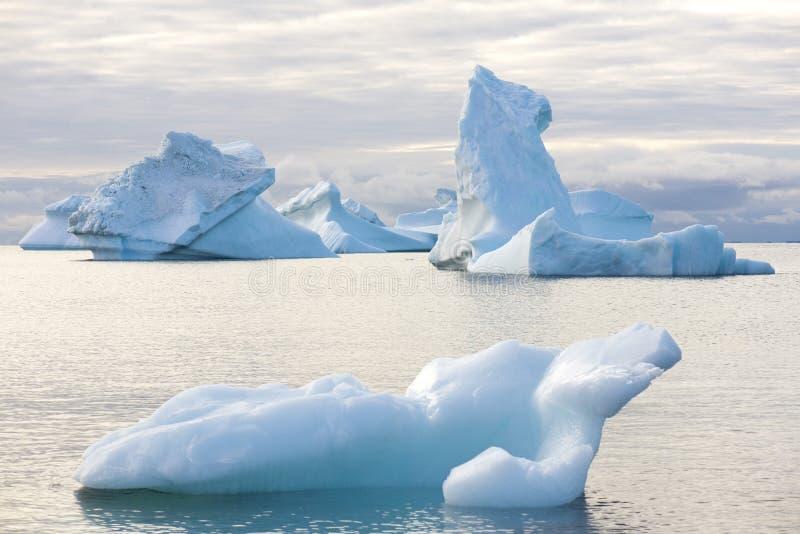 Piękna góra lodowa fotografia stock