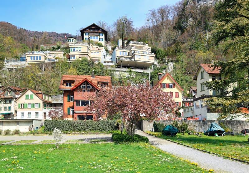 Piękna górska wioska na pogodnym wiosna dniu Weesen, Szwajcaria obraz royalty free