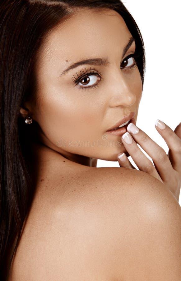 Piękna garbnikująca kobieta fotografia stock