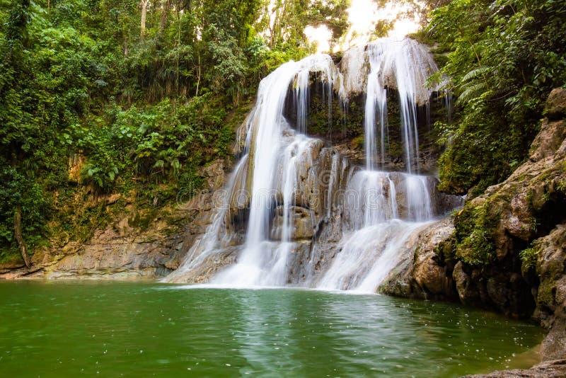Piękna Gozalandia siklawa w San Sebastian Puerto Rico zdjęcie royalty free