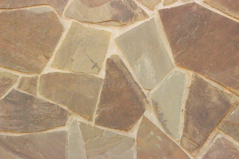 Piękna kamieniarka od prostackiego naturalnego materiału w jasnobrązowych brzmieniach obrazy stock