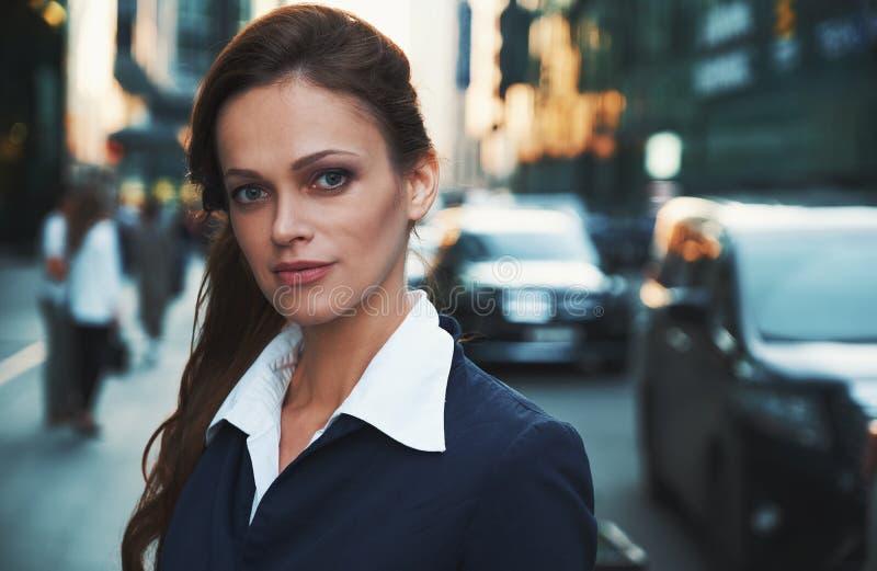 piękna kobieta jednostek gospodarczych Elegancja sukces obrazy royalty free