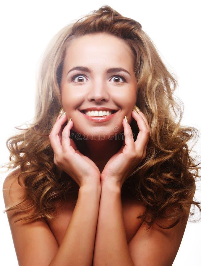 piękna kobieta kręcone włosy zdjęcie stock