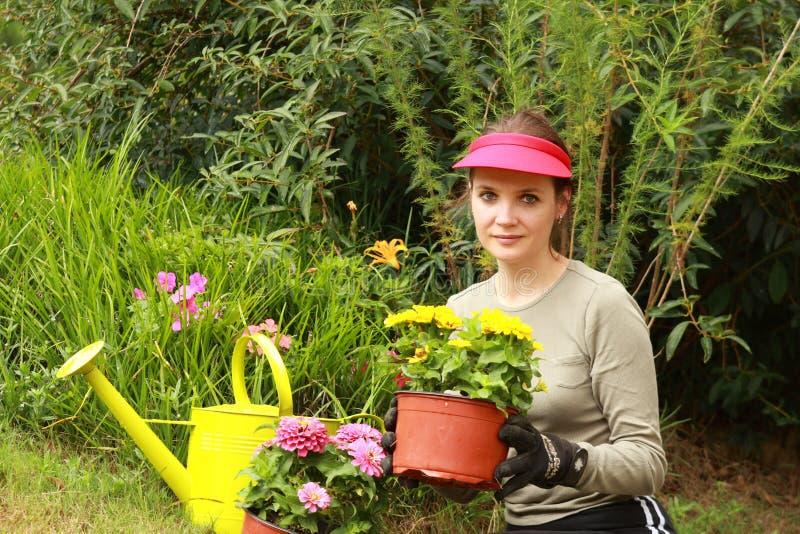 piękna kobieta ogrodników obraz royalty free