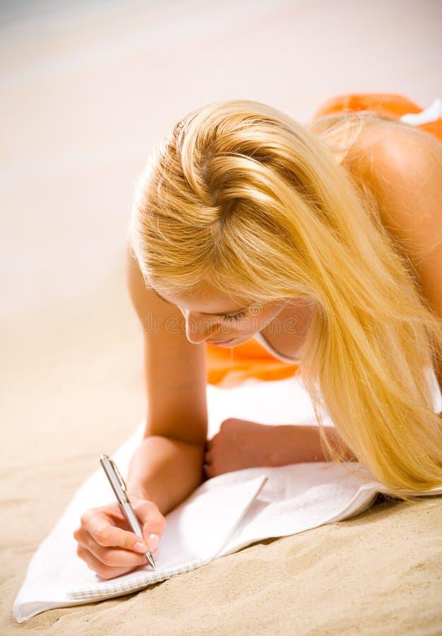 piękna kobieta plażowa zdjęcia stock