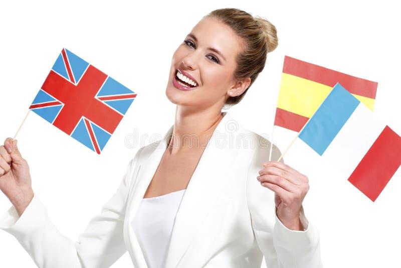 Piękna kobieta pokazuje zawody międzynarodowe flaga zdjęcia royalty free