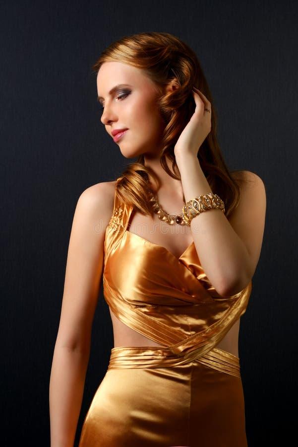 Piękna kobieta z wieczór makijażem obraz royalty free