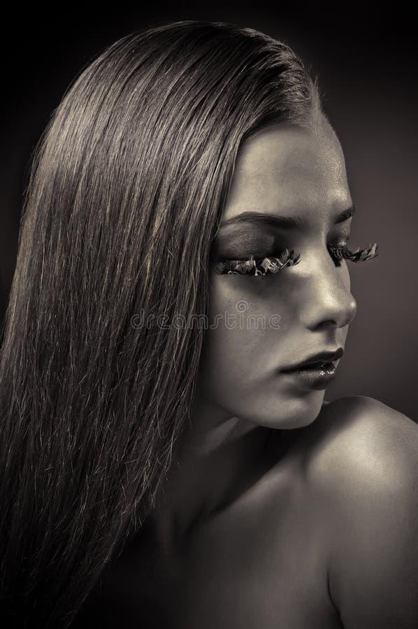 piękna konceptualny żeński portreta studio obraz royalty free