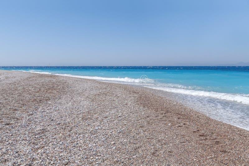 Piękna lata plażowej i turkusowej harmonii denne delikatne fala fotografia royalty free