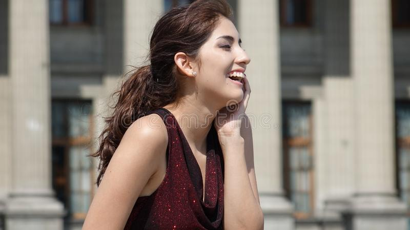 Piękna Latina Adult Laughes fotografia royalty free