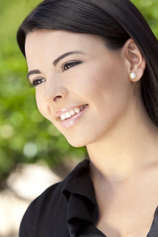 piękna latynoska uśmiechnięta kobieta fotografia stock