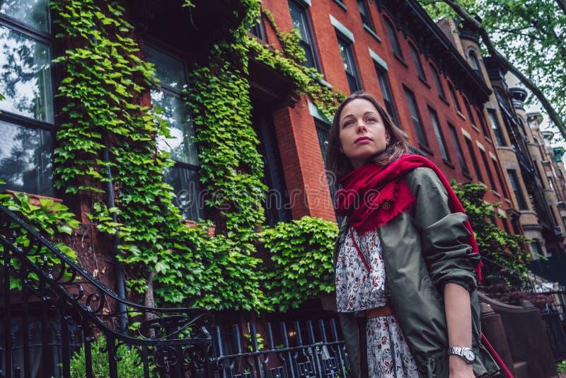 Piękna młoda dziewczyna w Nowy Jork fotografia royalty free