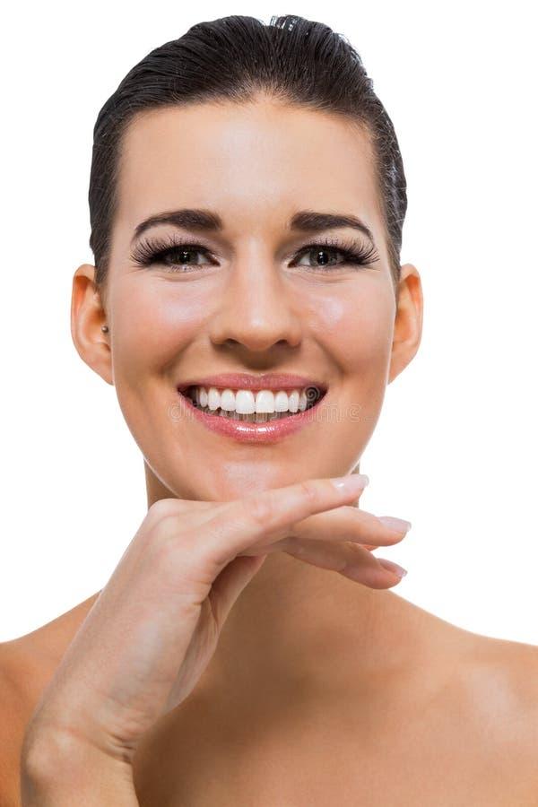 Piękna młoda kobieta z perfect skóry i miękkiej części makeup zdjęcia stock