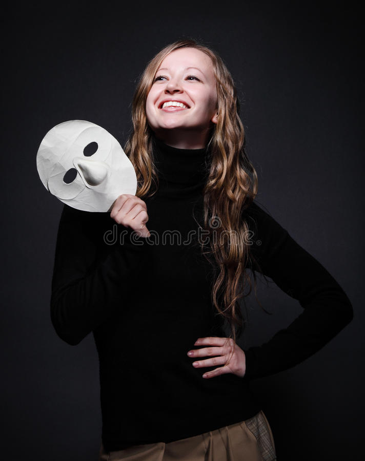 piękna mienia klucza depresji maski portreta kobieta zdjęcie stock