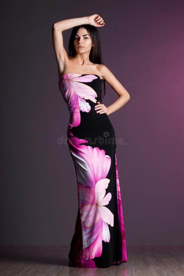 Piękna modna kobieta obrazy royalty free