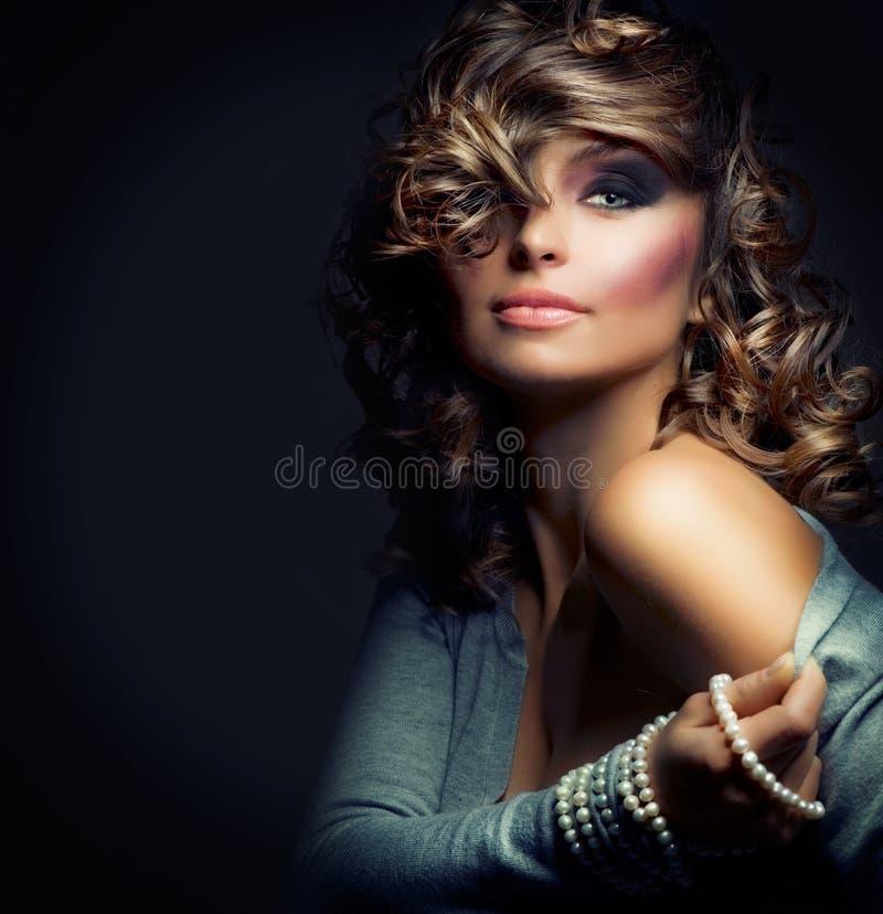 piękna mody dziewczyna fotografia royalty free