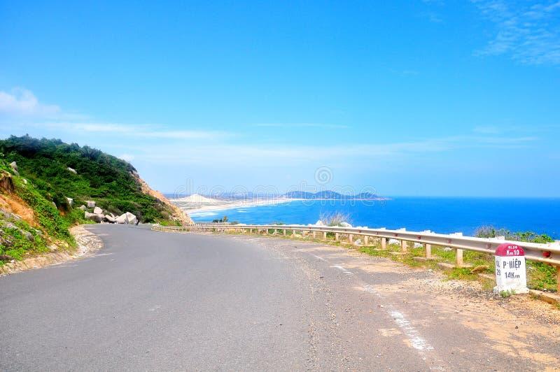 Piękna Nabrzeżna droga zdjęcia stock