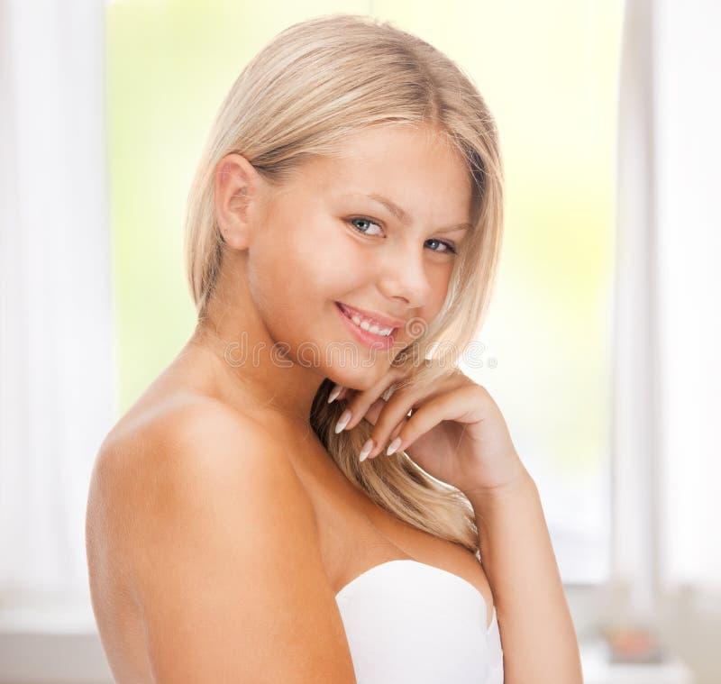 Piękna nastoletnia dziewczyna fotografia royalty free