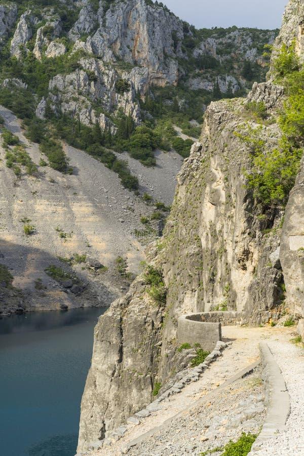 Piękna natury i krajobrazu fotografia Błękitny Jeziorny Imotski Chorwacja obrazy royalty free