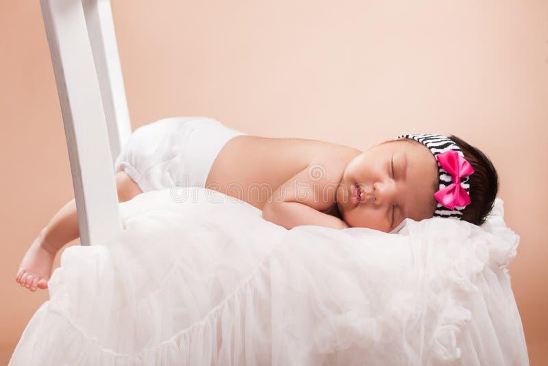 Piękna nowonarodzona dziewczynka fotografia stock