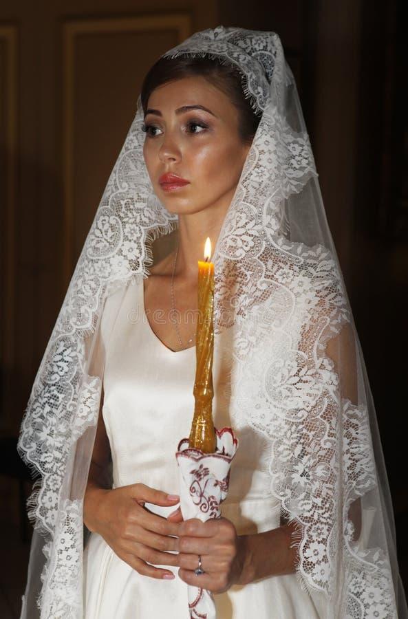 Piękna panna młoda na ślubnej ceremonii zdjęcia stock