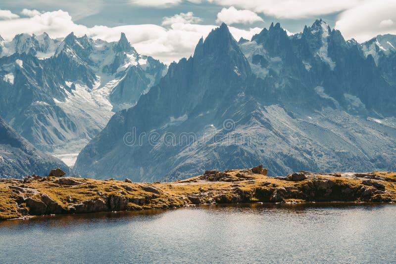 Piękna panoramiczna natura w górach obraz royalty free