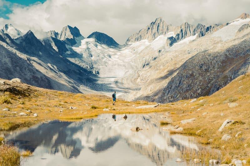 Piękna panoramiczna natura w górach obrazy royalty free