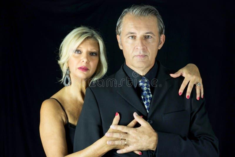 Piękna para namiętny tango tancerz fotografia stock