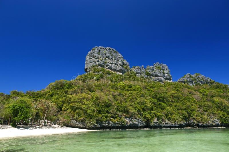 Piękna plaża przy Ang paska parkiem narodowym zdjęcia stock
