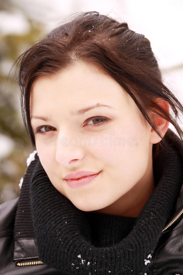 piękna plenerowa śnieżna kobieta zdjęcie stock