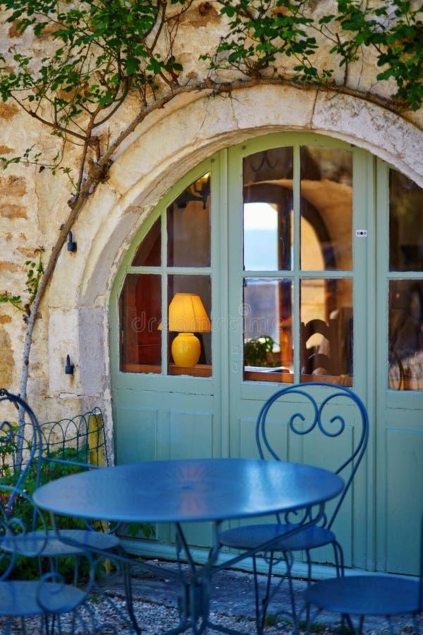 Piękna restauracja w Francuskiej wiosce obraz royalty free