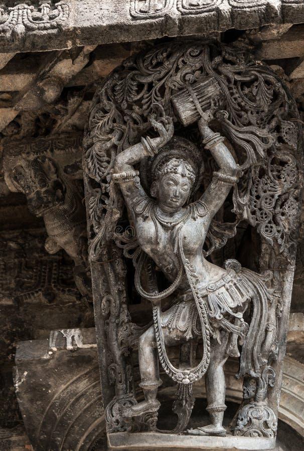 Piękna rzeźba w Chennakeshava świątyni w Belur, Karnataka, India zdjęcia stock