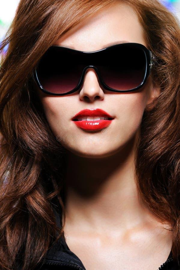 piękna splendoru pomadki czerwieni kobieta zdjęcie stock
