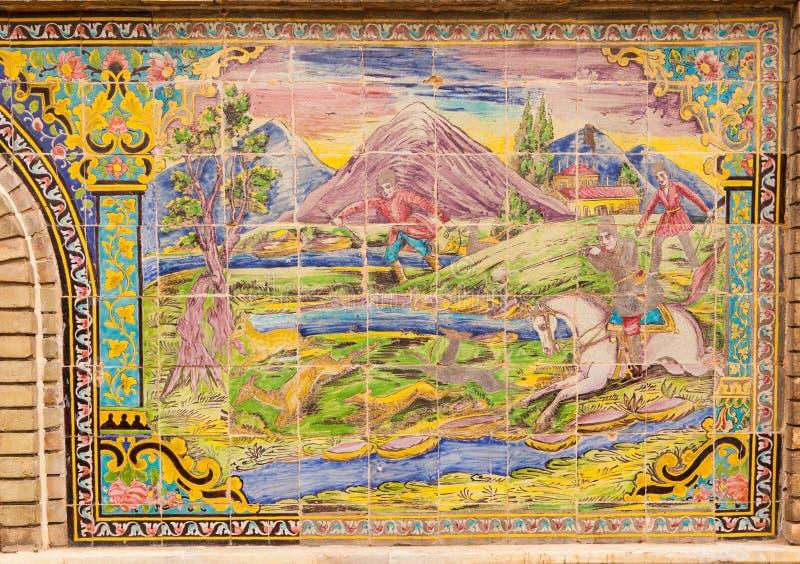 Piękna stara dekorująca maluje mozaika na ścianie Golestan obrazy royalty free