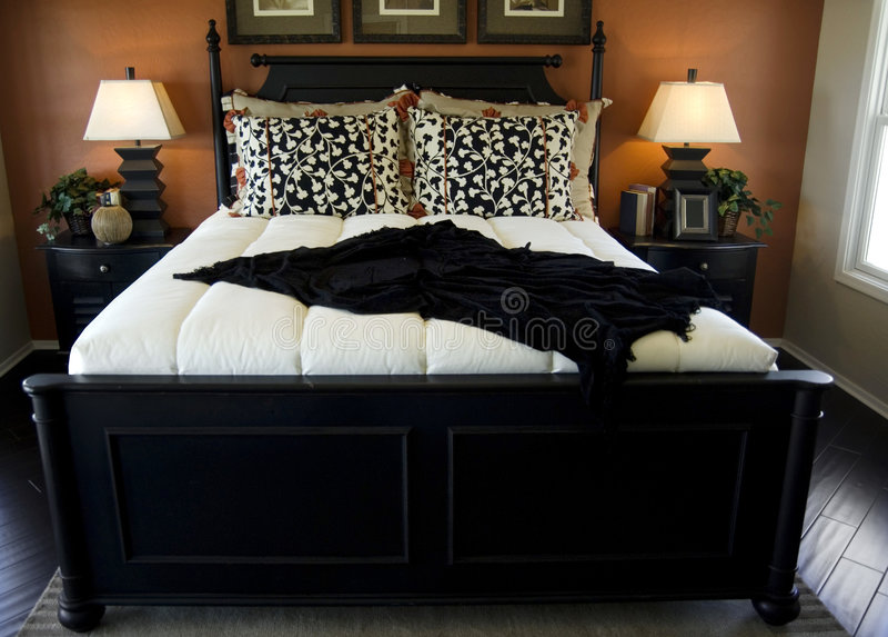 piękna sypialnia projektu wnętrze obraz stock