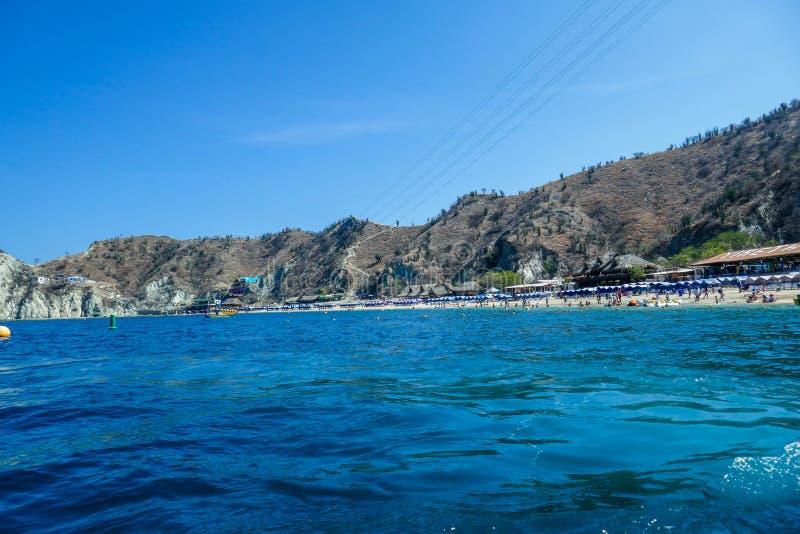 Piękna tropikalna plaża Santa Marta, panoramiczna z plaża krajobrazem, morze karaibskie zdjęcia stock