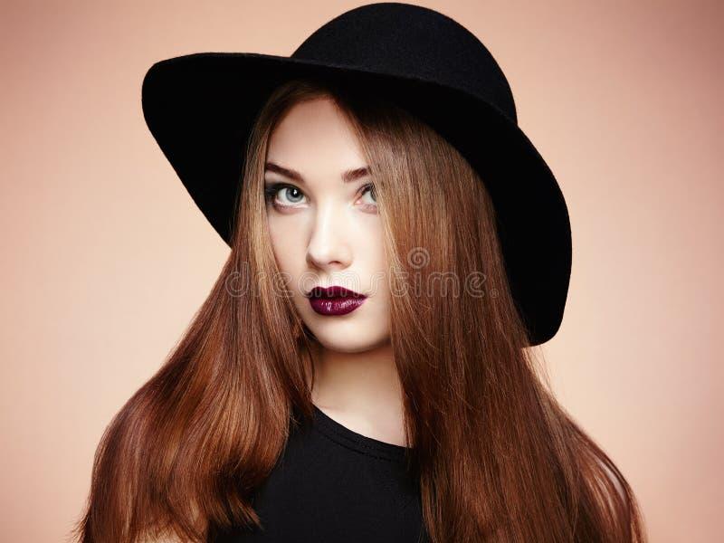 piękna twarzy moda uzupełniająca kobieta uśmiechnięci młodych dziewcząt fotografia royalty free