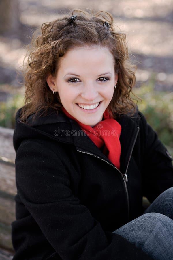 piękna uśmiechnięta kobieta zdjęcie royalty free