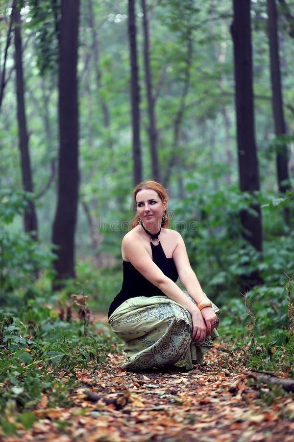 piękna włosiana portreta czerwieni kobieta zdjęcie royalty free