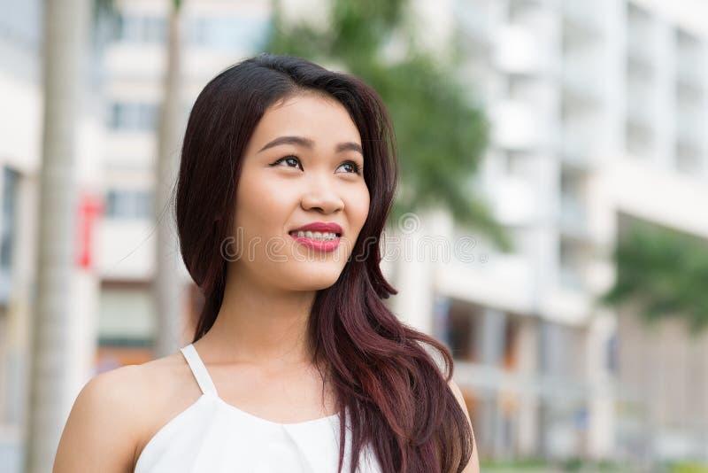 Piękna Wietnamska kobieta zdjęcie royalty free