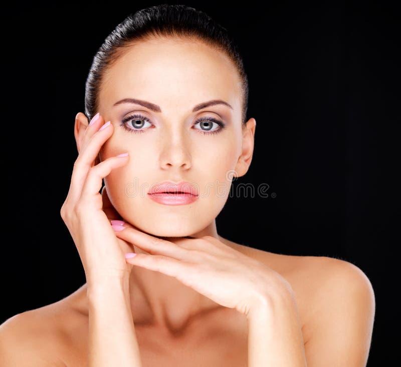 Piękna zmysłowa twarz dorosła kobieta zdjęcia stock