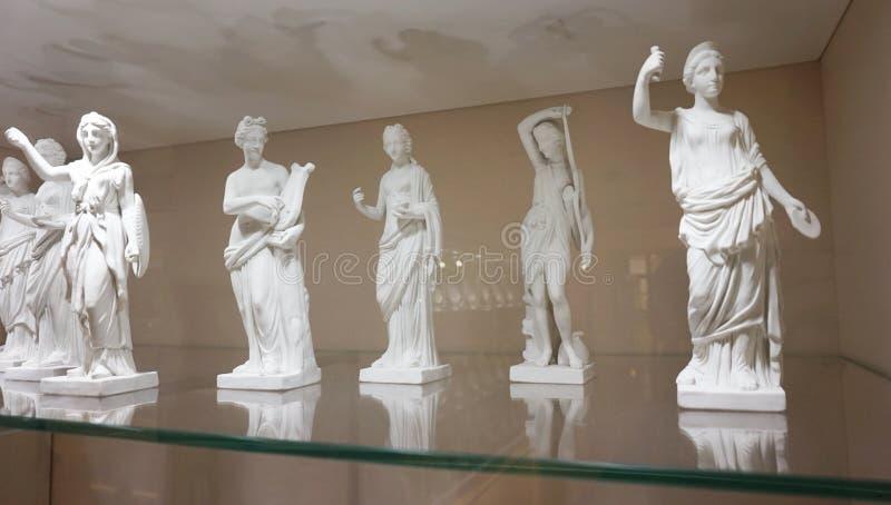 Piękne antykwarskie statuy w imperiale Osrebrzają kolekcję zdjęcie stock