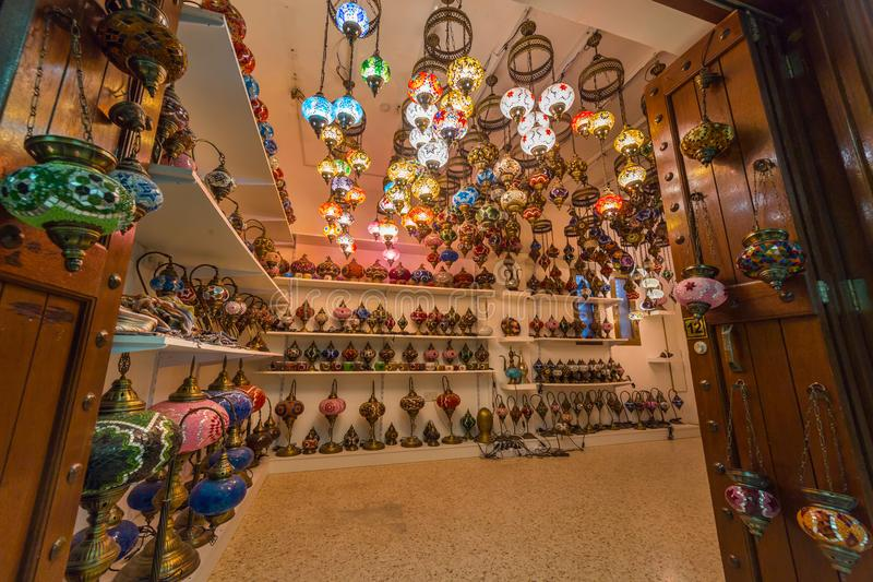 Piękne Arabskie lampy przy souk Nizwa, Oman fotografia stock