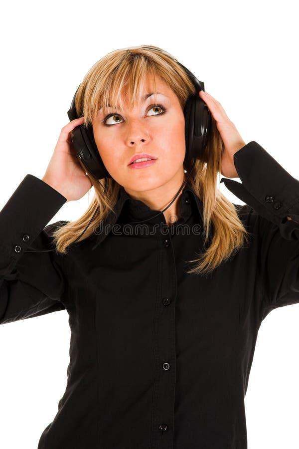 piękne kobiety o młode muzyczne zdjęcie royalty free