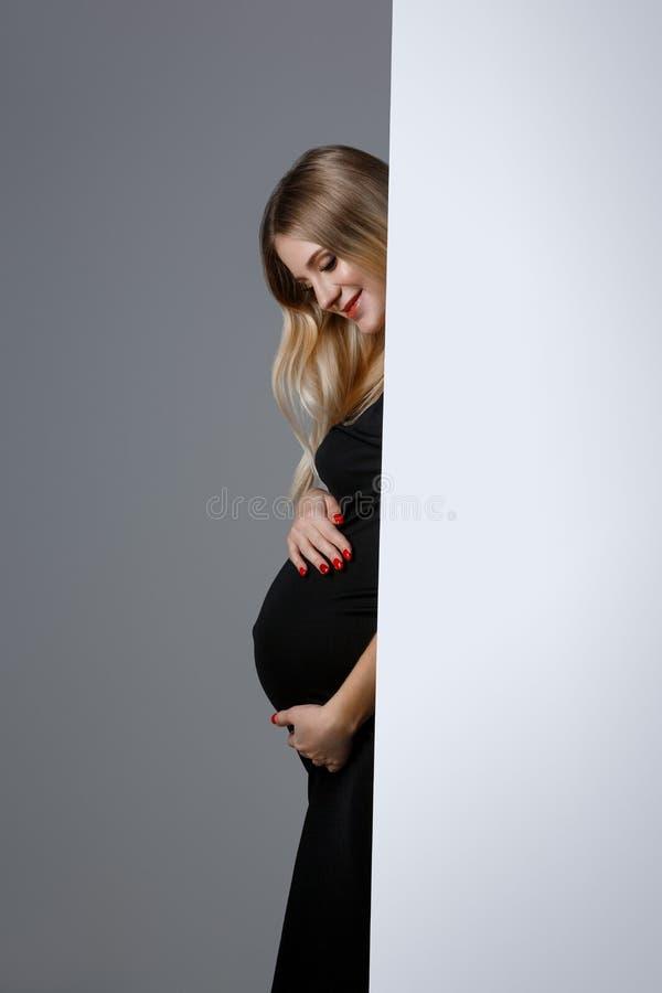 piękne kobiety w ciąży obrazy stock