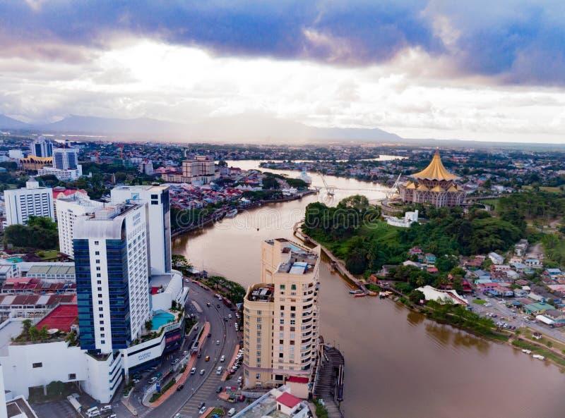 Piękne miasto Kuching Malezja w świetle powietrznym zdjęcie stock