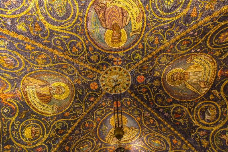 Piękne mozaiki w bazylice Święty Sepulchre, Jerusal zdjęcie royalty free